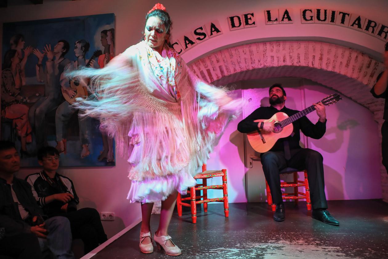 sevilla-2100-flamenco-danseres
