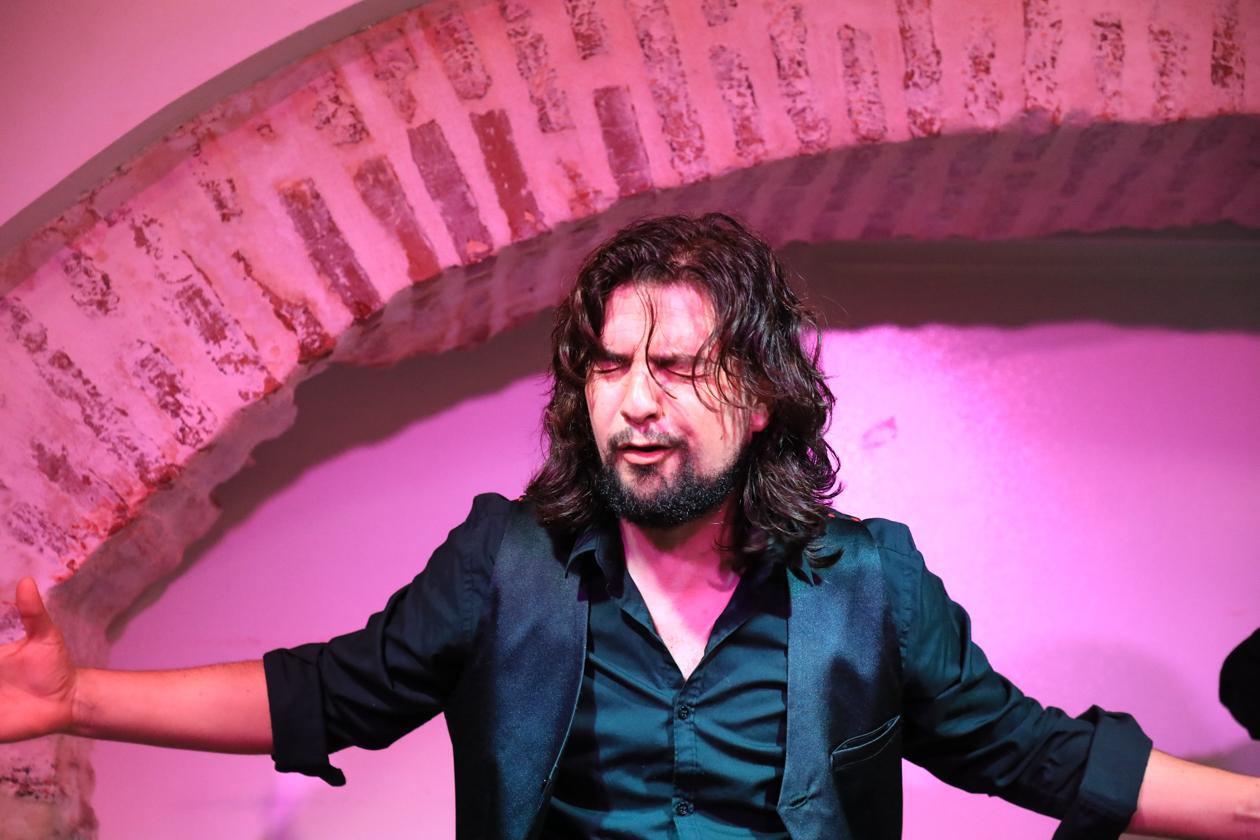 sevilla-2100-flamenco-zanger