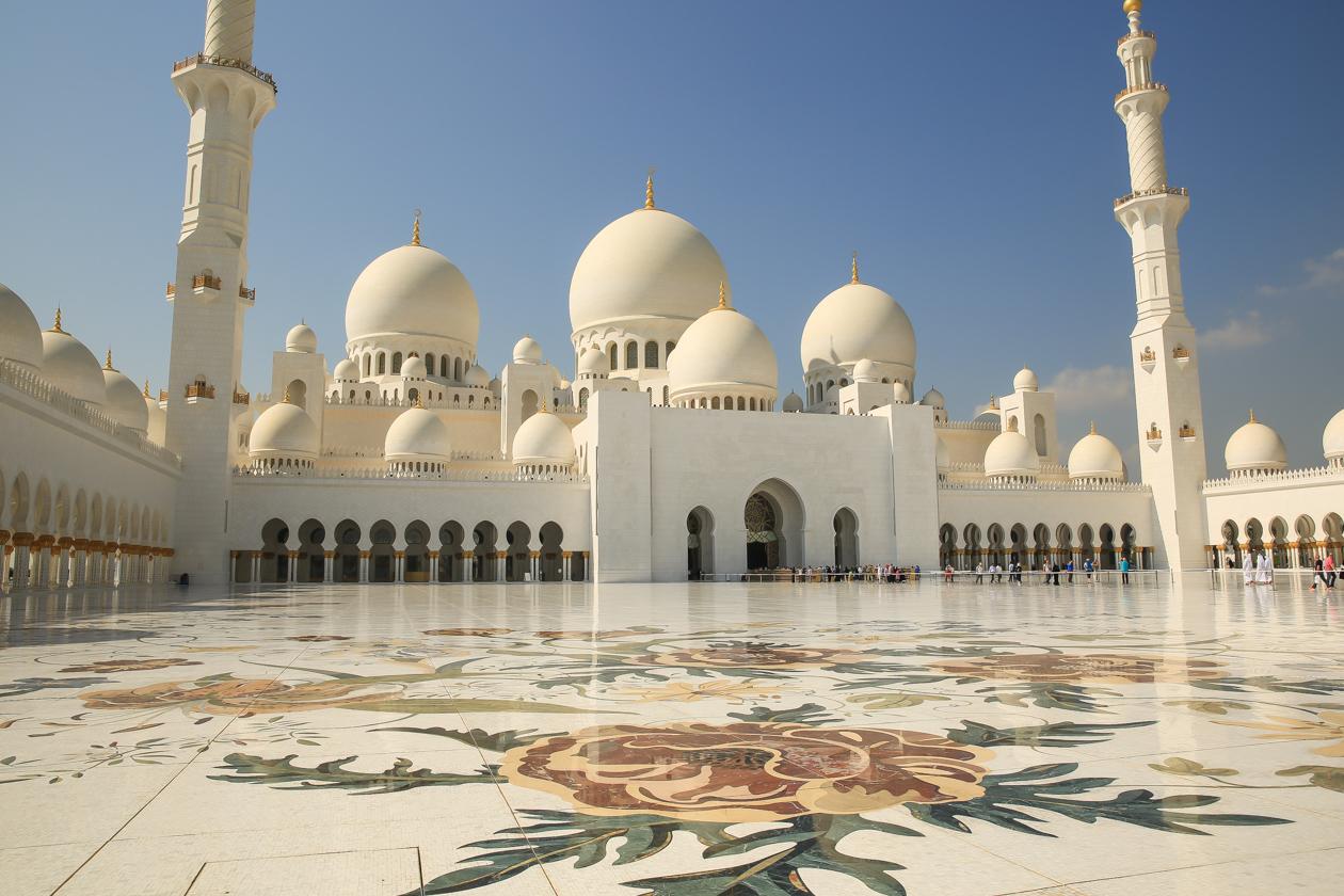 abudhabi-1155-moskee-buiten