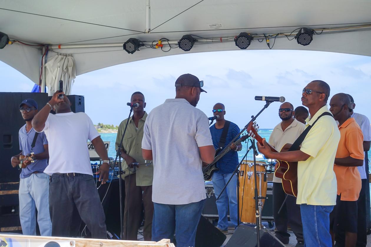 anguilla-1130-festival-del-mar-muziek