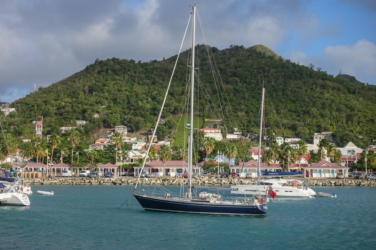 anguilla-1710-voet-aan-wal