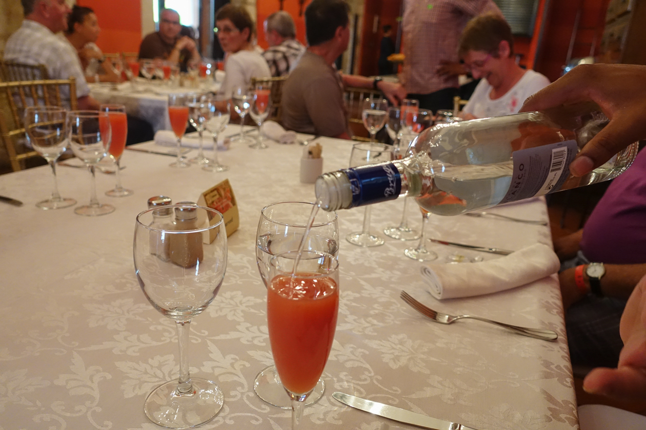 santodomingo-1325-lunch-rum
