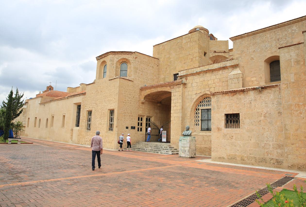 santodomingo-1430-kathedraal