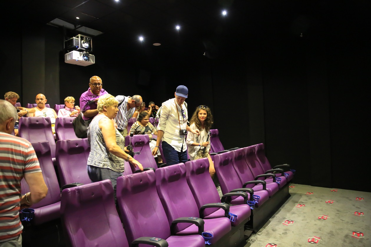 santodomingo-1520-4d-cinema