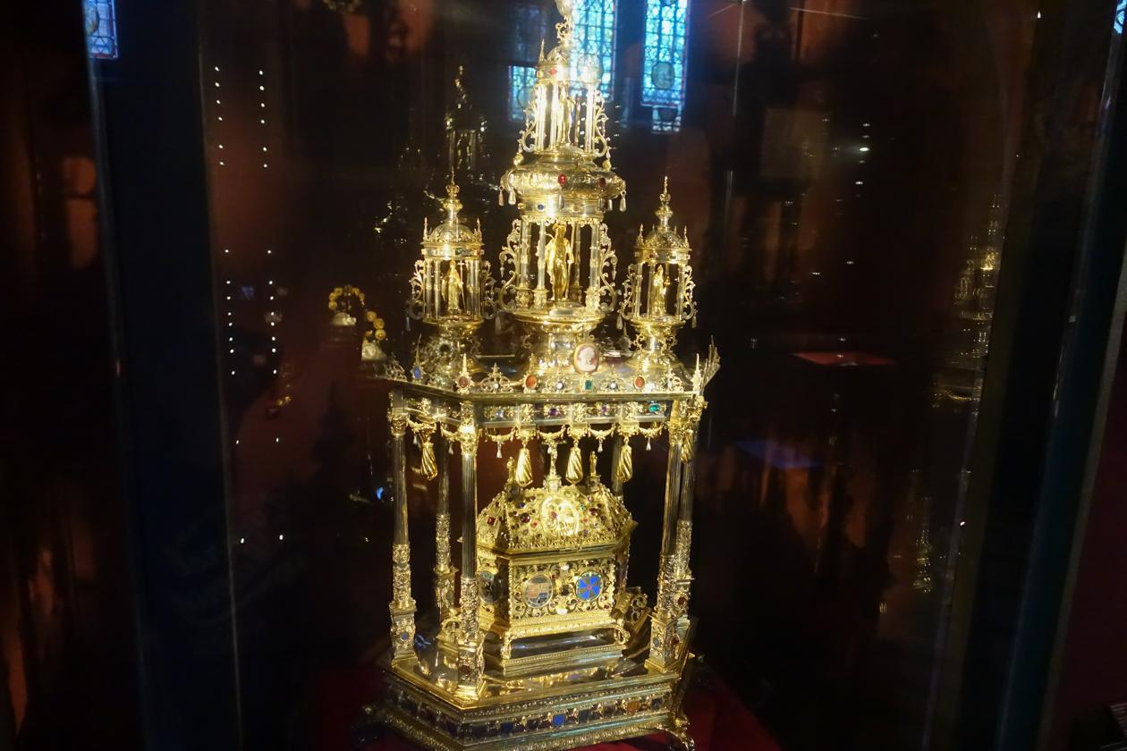 brugge-1645-heiligbloed-relikwie