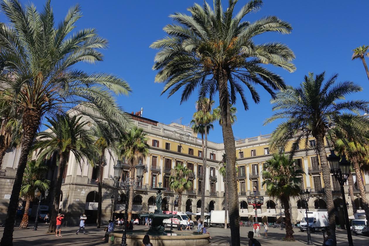 barcelona-1000-placa-reial