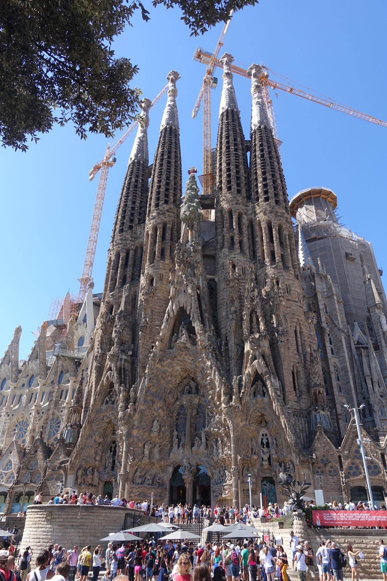 barcelona-1130-sagradafamilia1