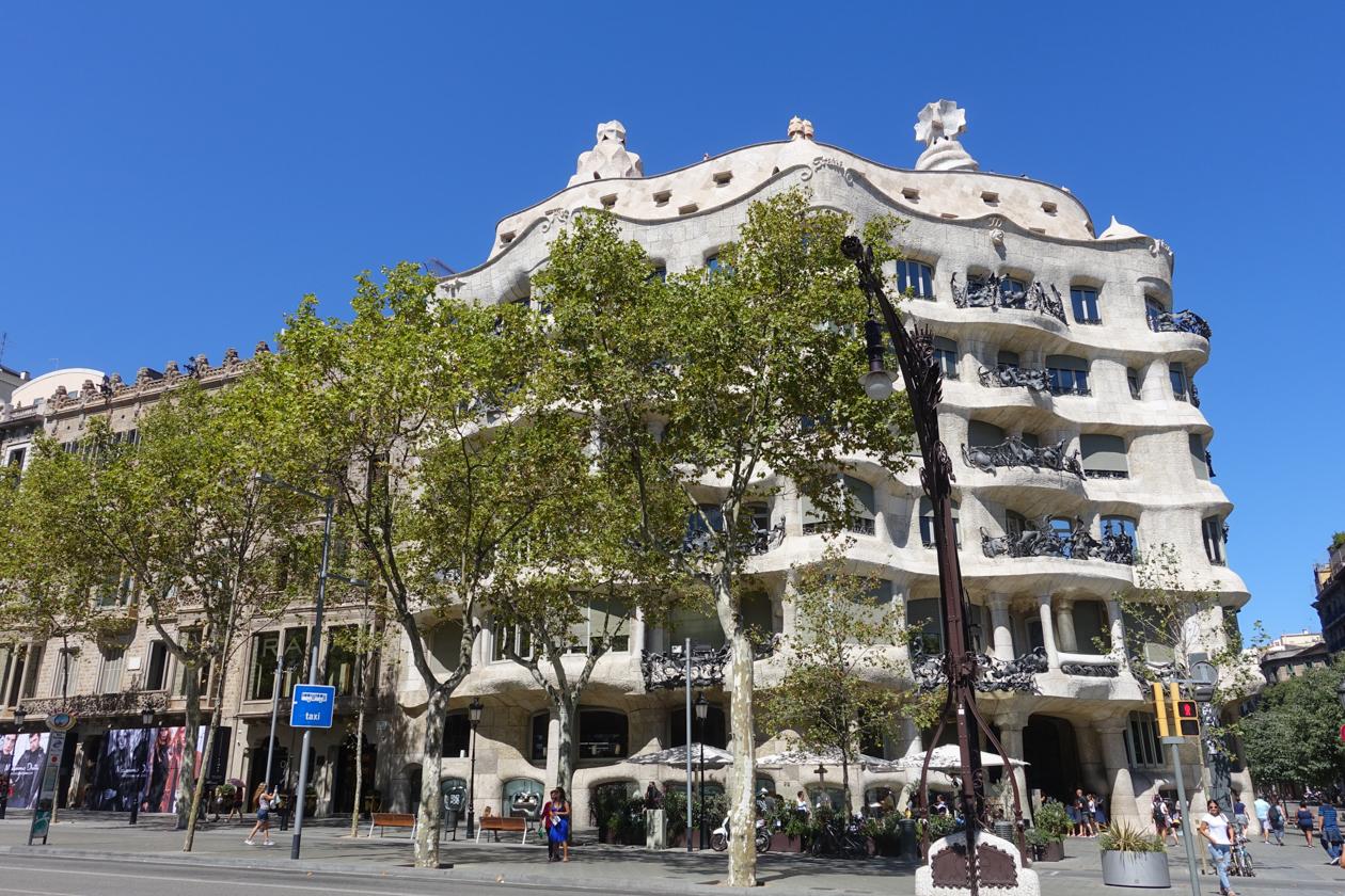 barcelona-1540-casamila