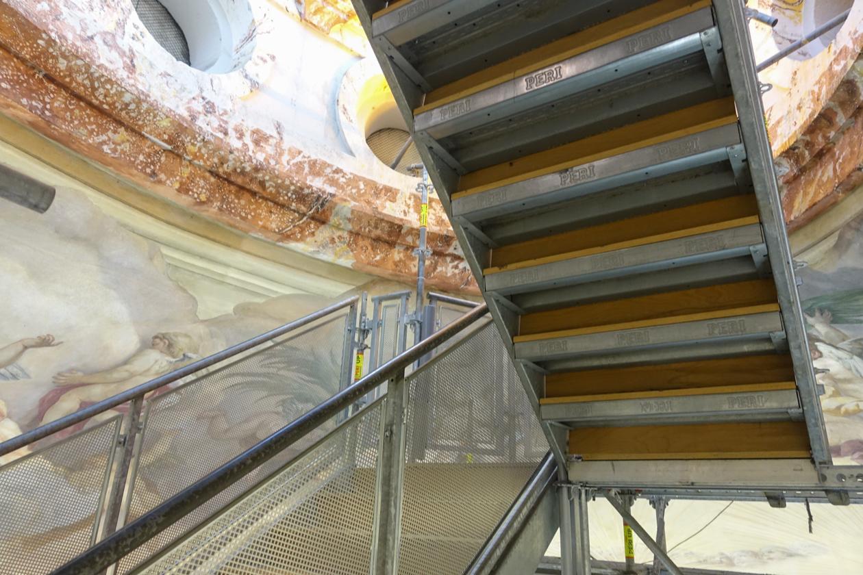 highlightsvanwenen-1025-karlskirche-trappen