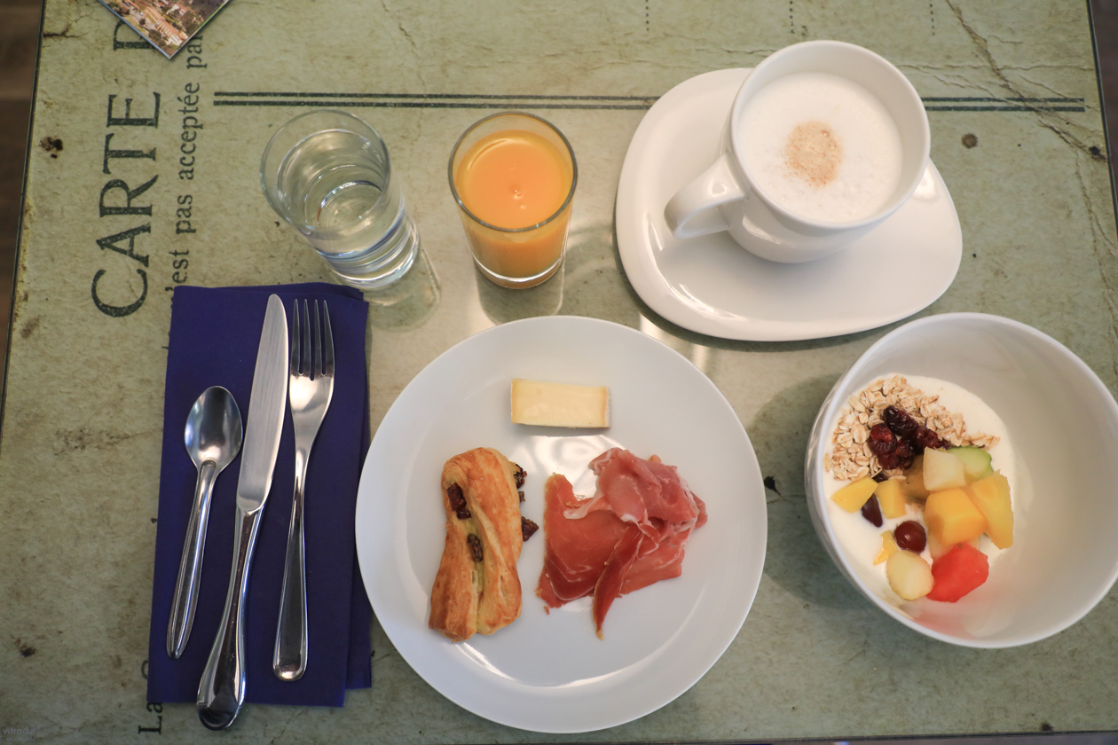nice-0730-ontbijt