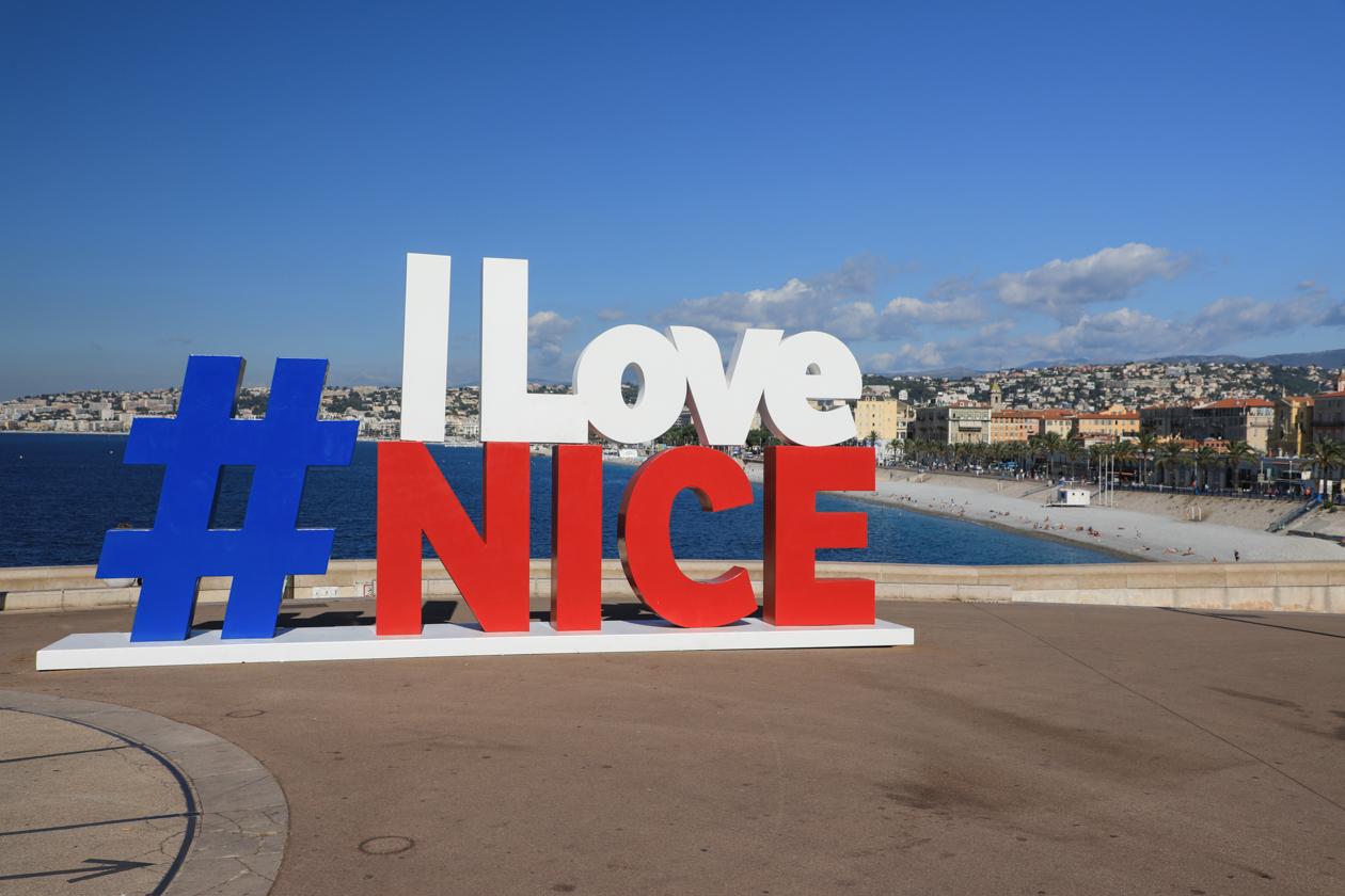 nice-0930-i-love-nice