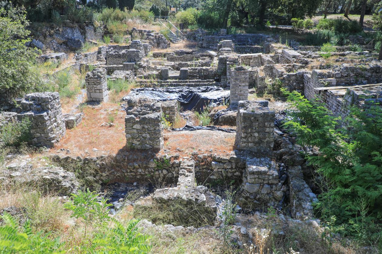nice-1035-restanten-kathedraal