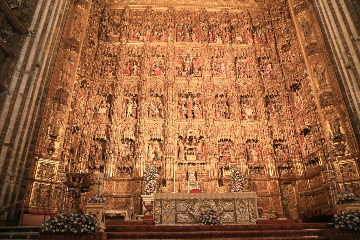 sevilla-1650-kathedraal-altaar
