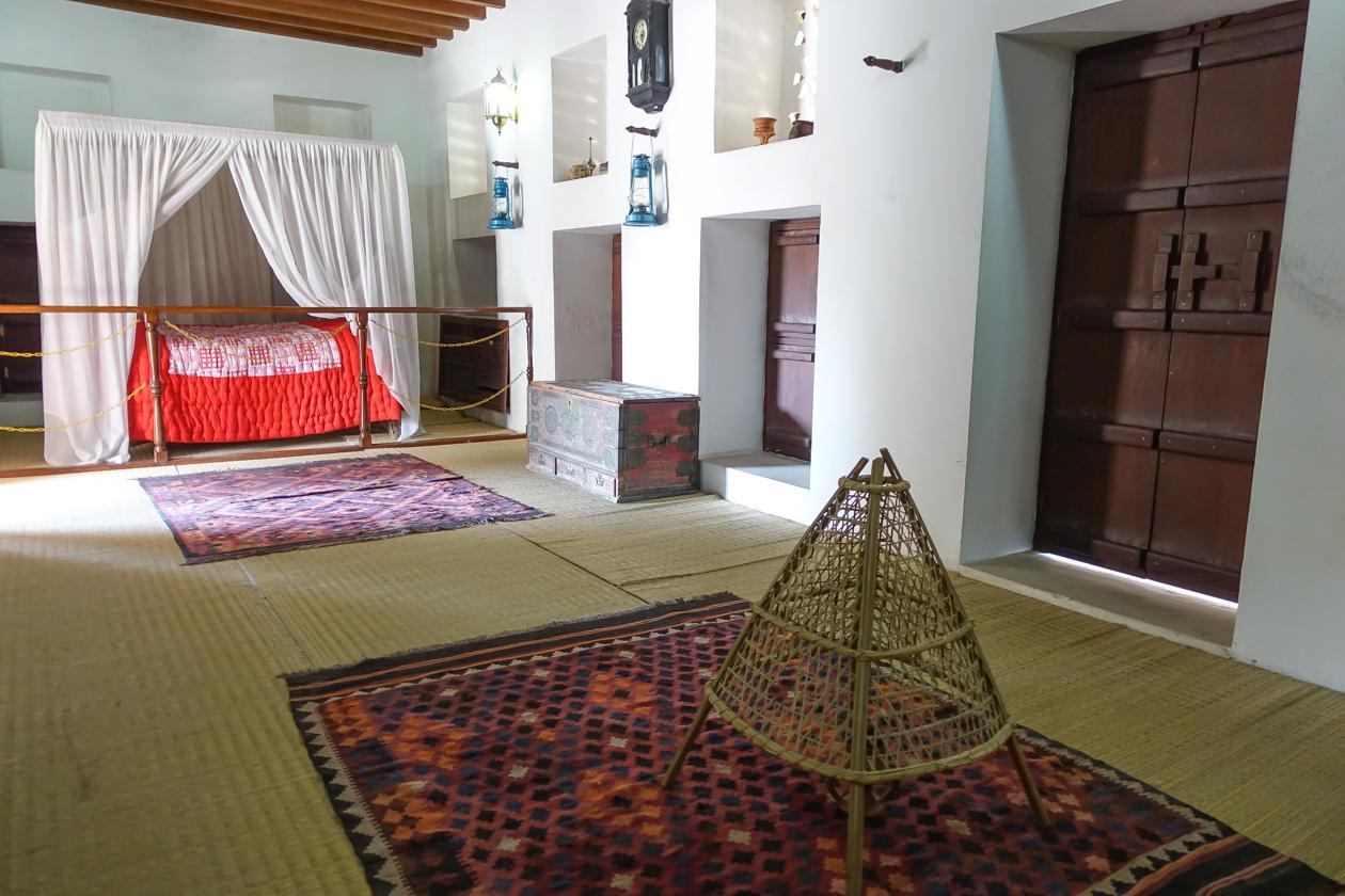 al-ain-1220-alainpalacemuseum-slaapkamer