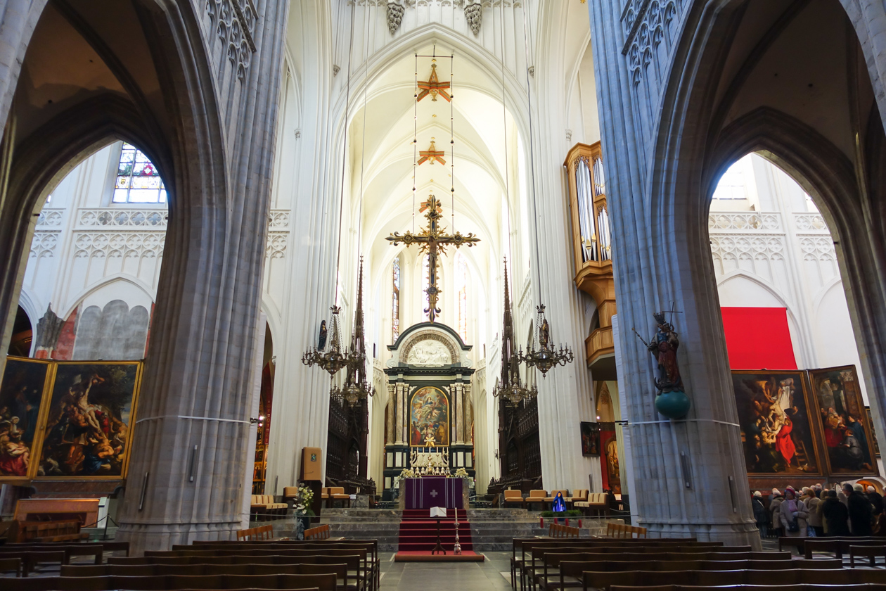 winters-antwerpen-1015-olv-kathedraal