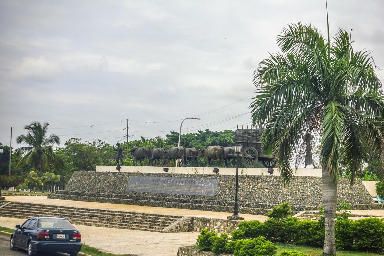 santodomingo-1120-monumento-de-la-cana