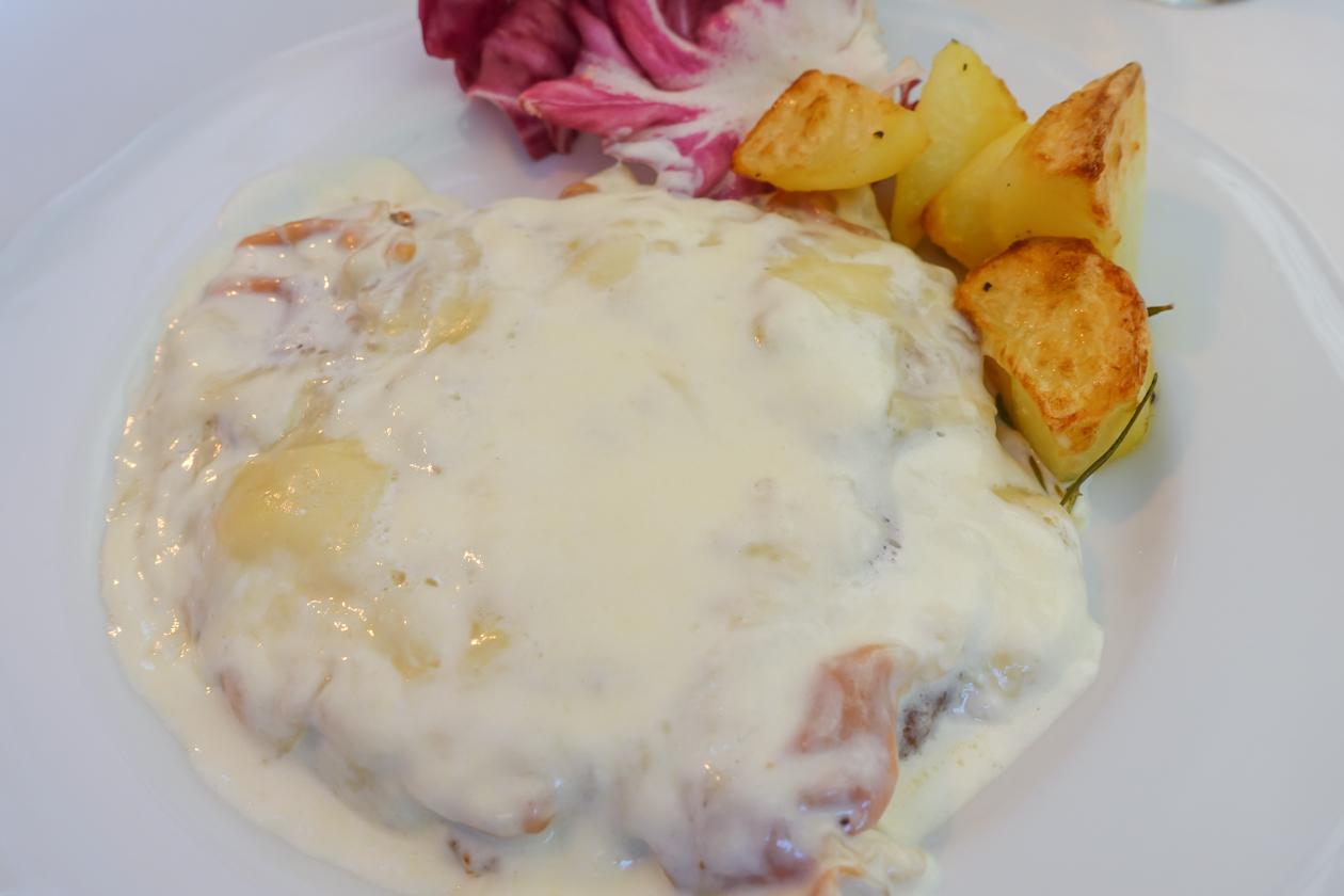 bologna-1215-lunch-coteletta