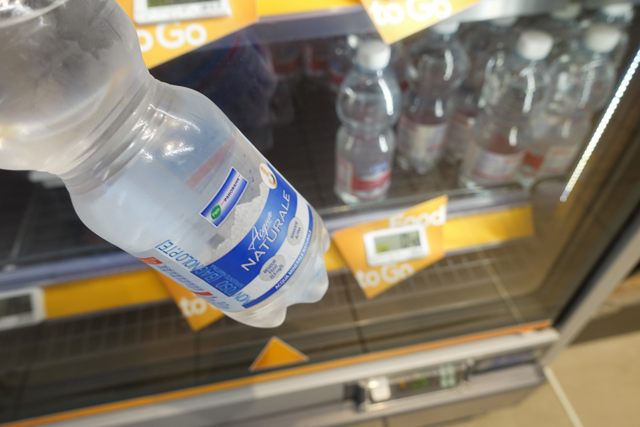 bologna-1630-flesje-water