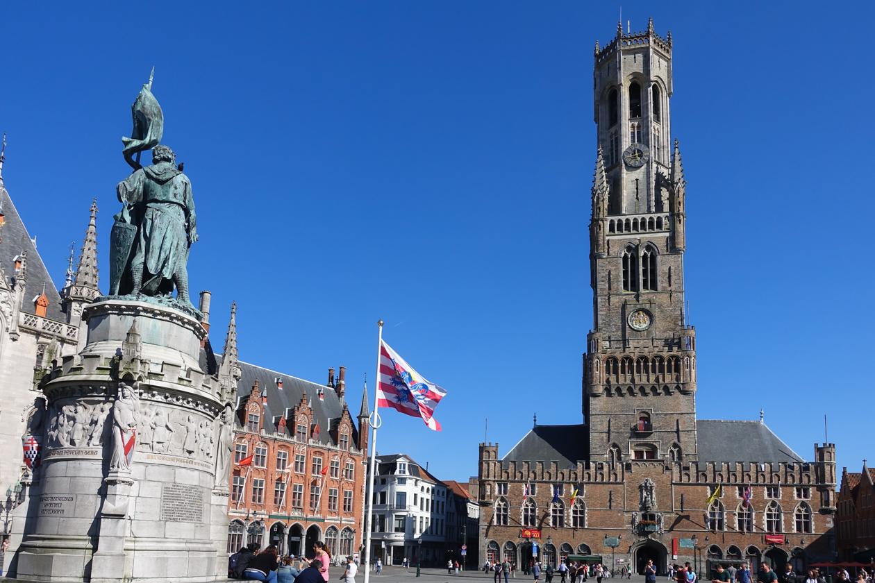 brugge-1735-grotemarkt