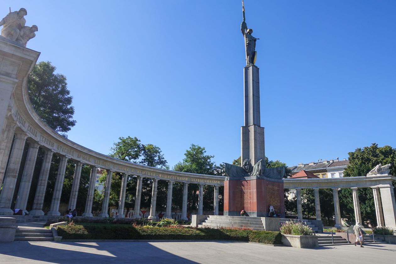 highlightsvanwenen-1015-ruslanddenkmal