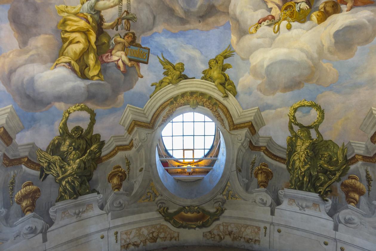 highlightsvanwenen-1025-karlskirche-fresco