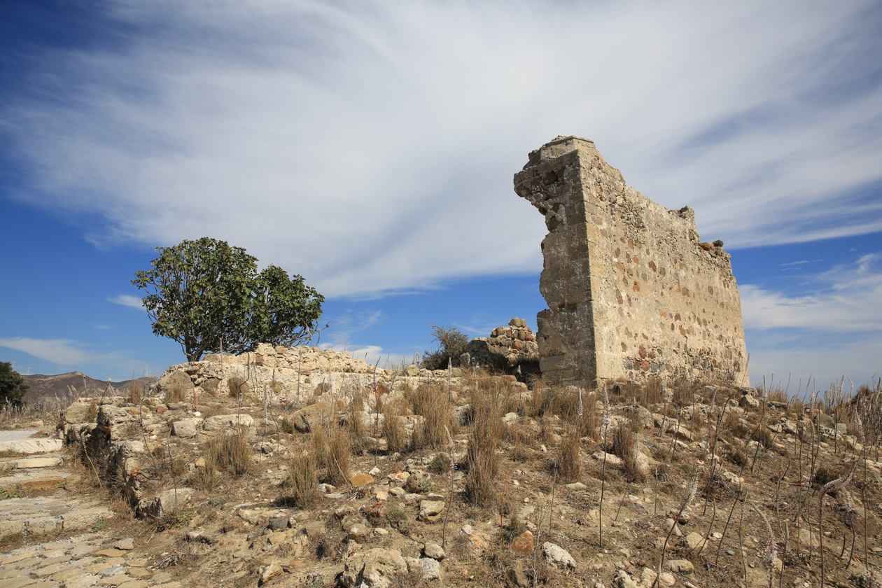 kos-1050-ruine-antimachia-binnenkant