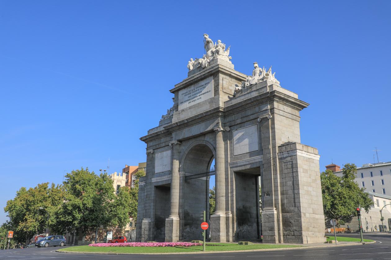 Madrid in n dag madrid met de toeristenbus for Shoko puerta de toledo
