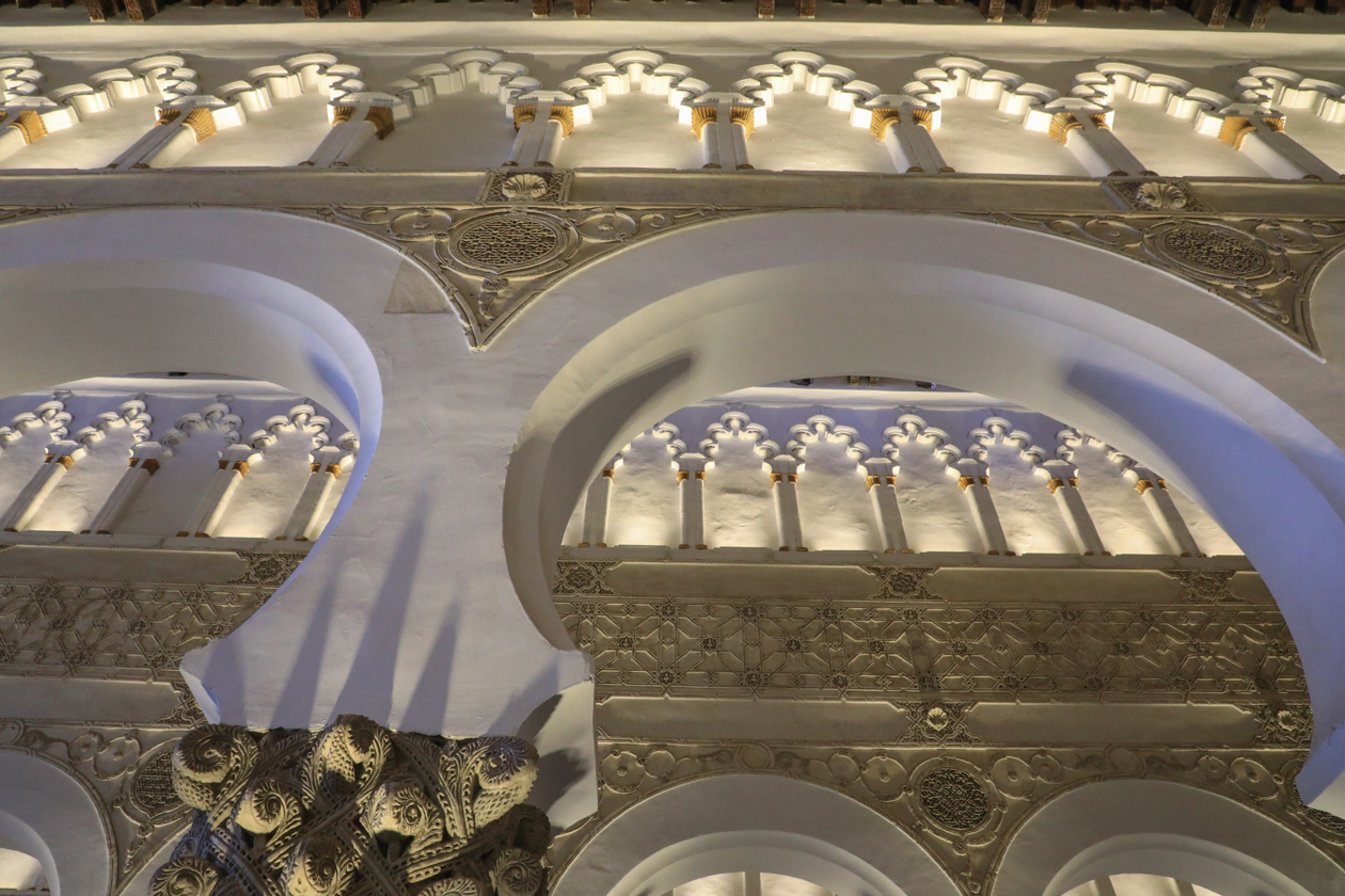 toledo-1240-sinagoga-de-santa-maria-blanca