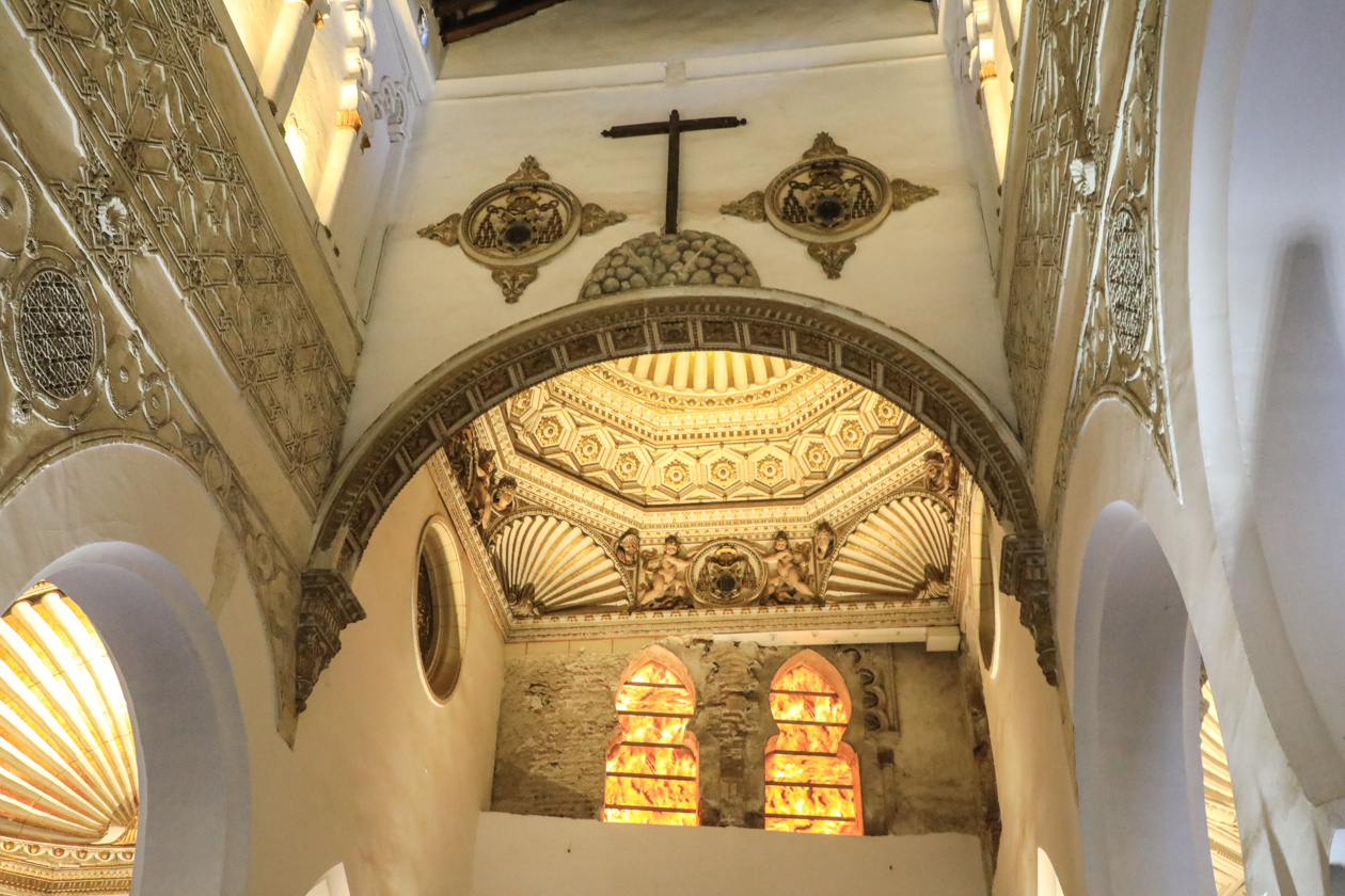 toledo-1240-sinagoga-de-santa-maria-blanca2