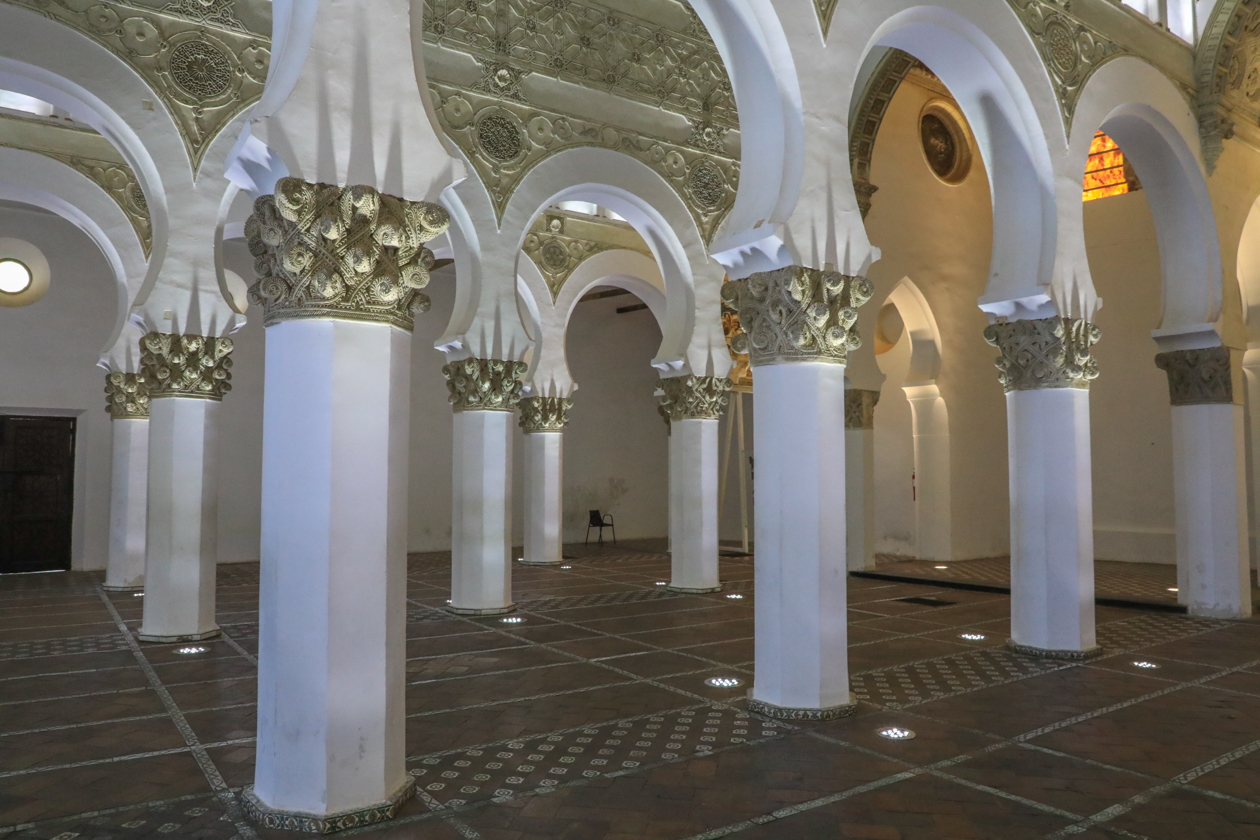 toledo-1240-sinagoga-de-santa-maria-blanca3