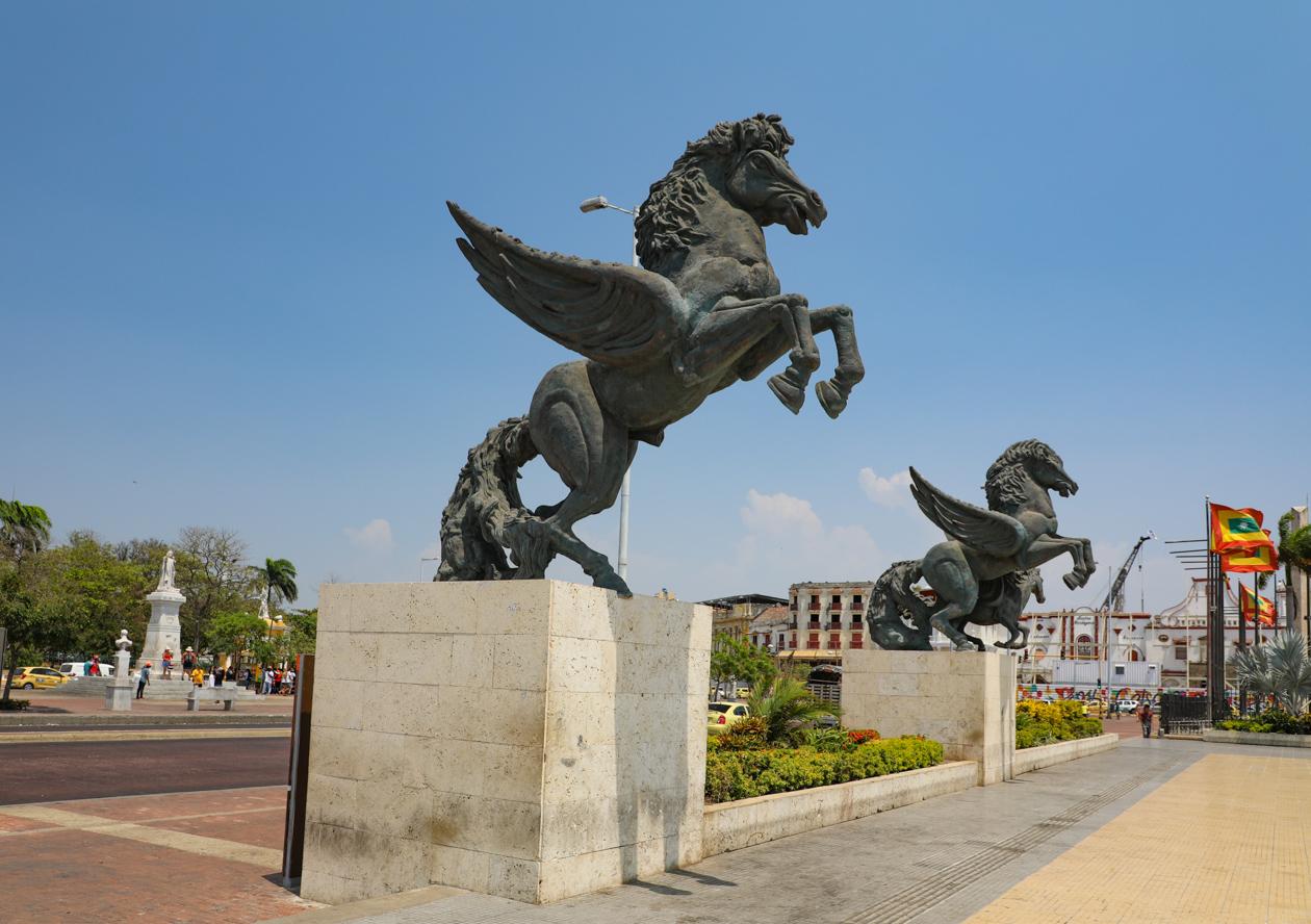 Monumento Los Pegasus