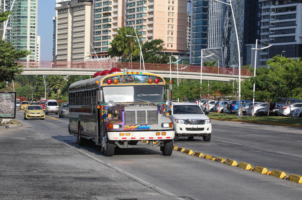 Panamese bus