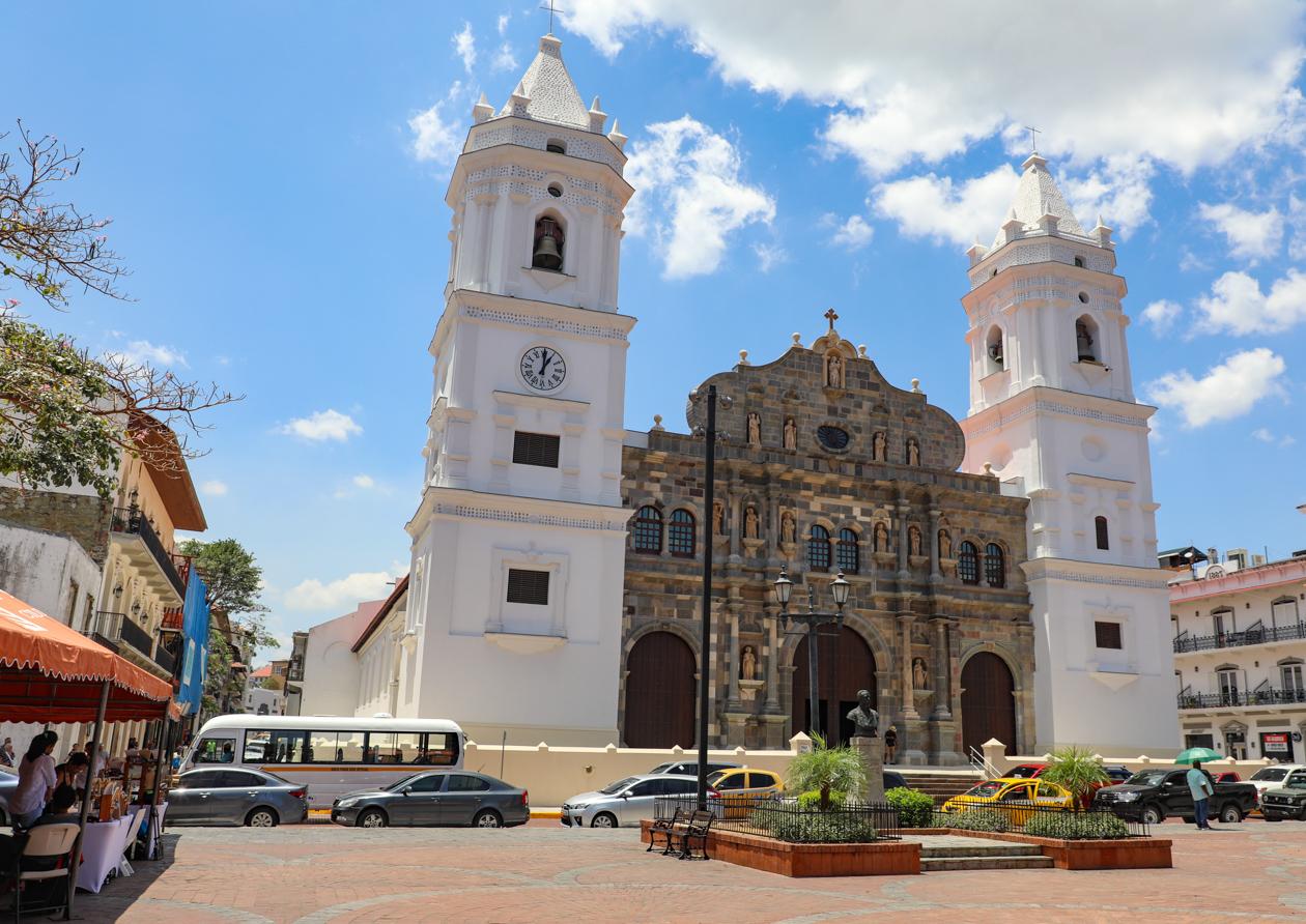 kathedraal in Casco Viejo
