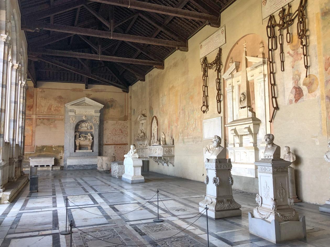 beelden in het Camposanto