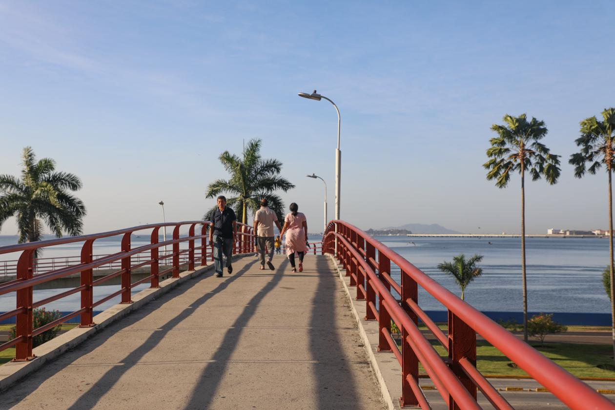 voetgangersbrug