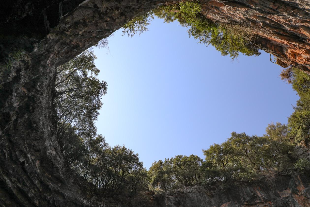 Dak van de Melissani grot